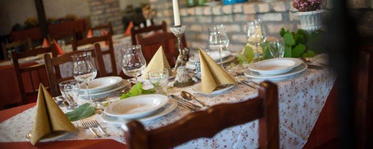 Fekete Gólya étterem